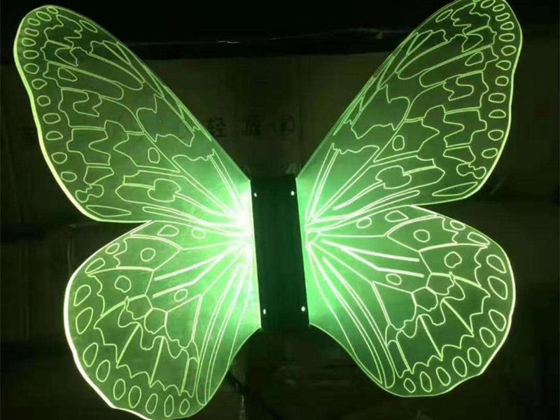 蝴蝶形导光板